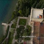 Il drone di immaginaria in volo sui giardini dell'Isola del Garda